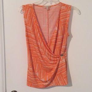 BR orange/white pattern sleeveless blouse